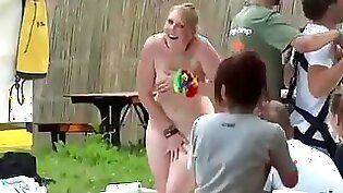 amateur flashing in public outdoor vag