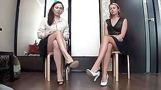 Big ass Russian BabeGfNotTied Tries to Wash Her Ivory Legs