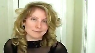 Hottie mistress wants to dominate a cuckold