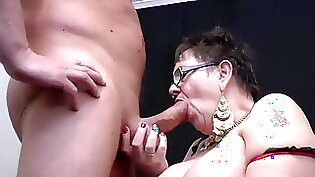 BIG BUTT GETTING STROKED BY BIG DICK
