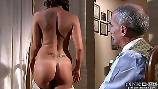 Busty brunette Savana Lane widens her legs for the tool