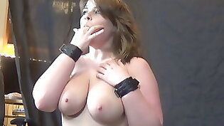 Pretty brit chews cum makes her exrecize it Gorgeous moaning