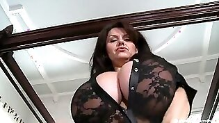 Breasty mature lady hard off