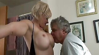 Blonde with beautiful tits eating pussy gets rubbed