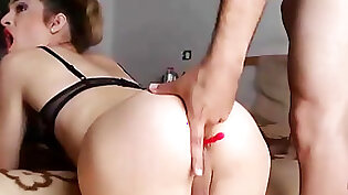 Cute Colombian Shemale Cam Priest Nadia Aguilera Loves Anal